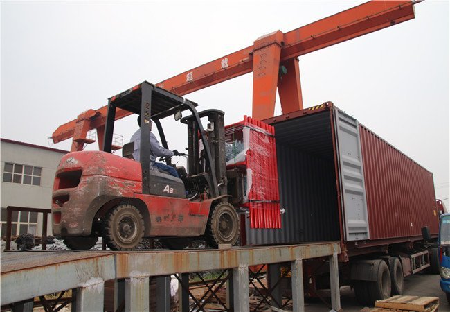 Scaffold Frame Loading the Container